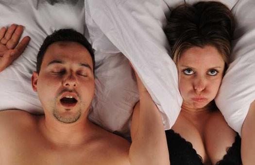 Как избавиться от храпа во сне женщине народными средствами